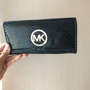 Micheal Kors Croc Wallet